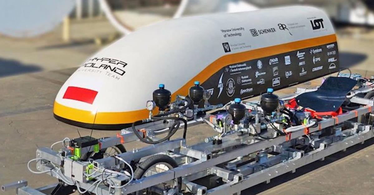 Hyperloop - prototyp szybkiej kolei magnetycznej