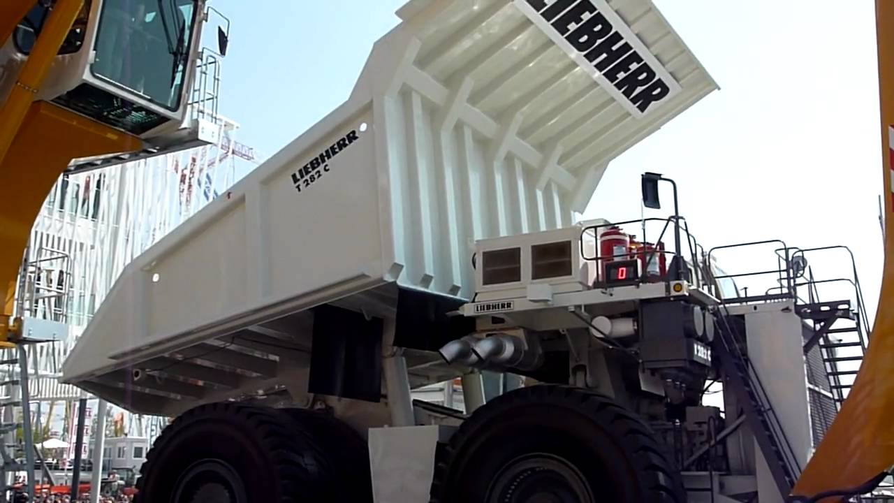 Liebherr T282C – Gigantyczna ciężarówka górnicza