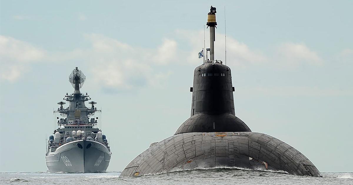 Zwodowanie pierwszego okrętu podwodnego projektu miało miejsce w 1980 roku.