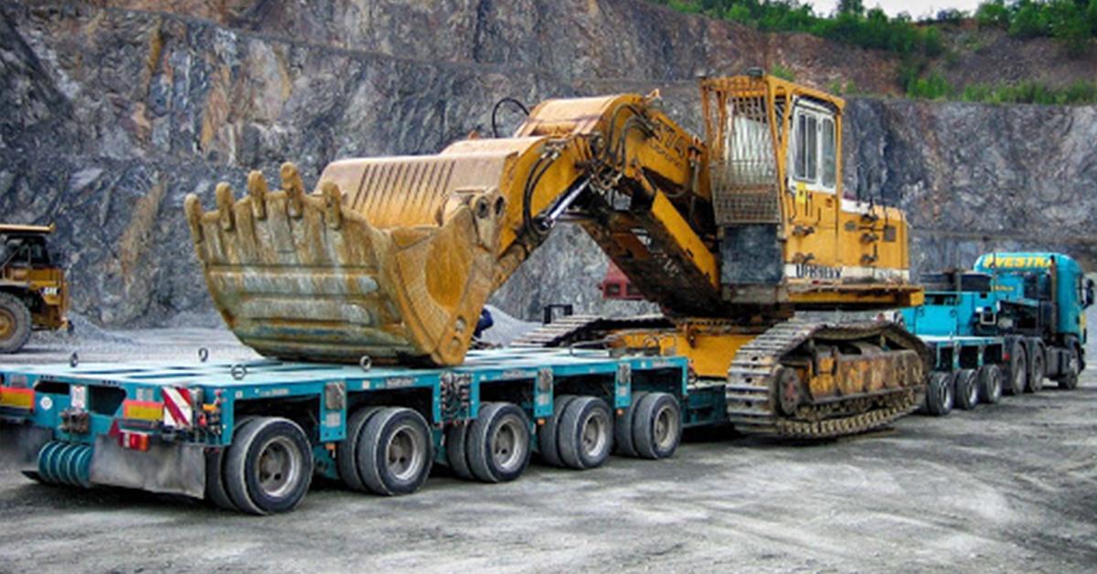 Transport, przewozy ładunków ponadnormatywnych.