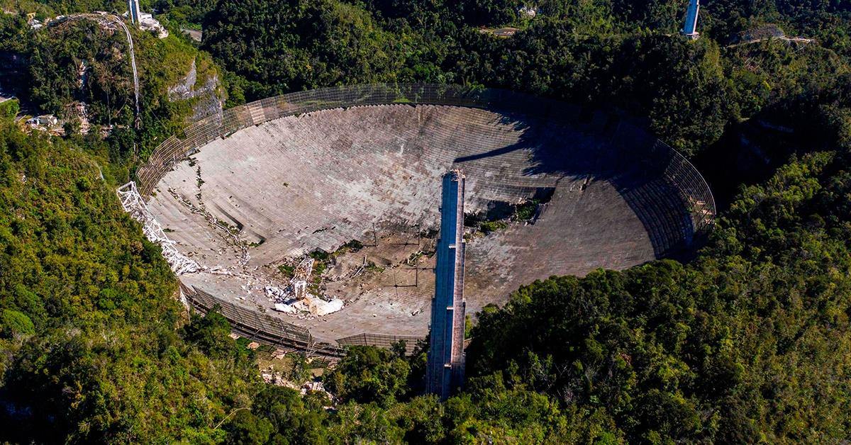 Radioteleskop Arecibo o średnicy 305 metrów uległ zniszczeniu.